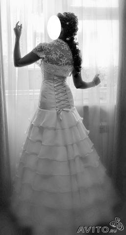 Брюнетки в свадебном платье со спины фото